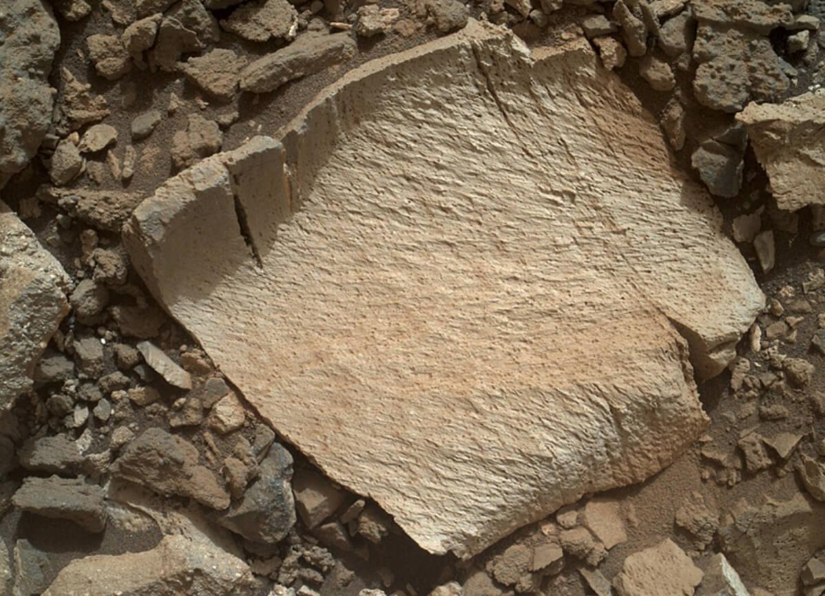 Mars Rock Lamoose